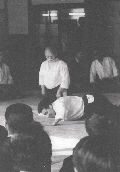 Kenji Shimizu taking ukemi