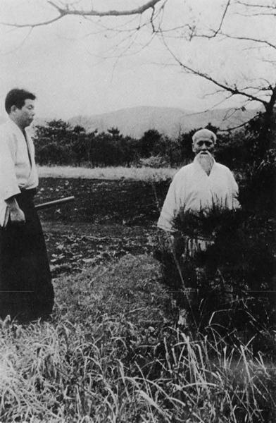 Morihiro Saito and Morihei Ueshiba in Iwama