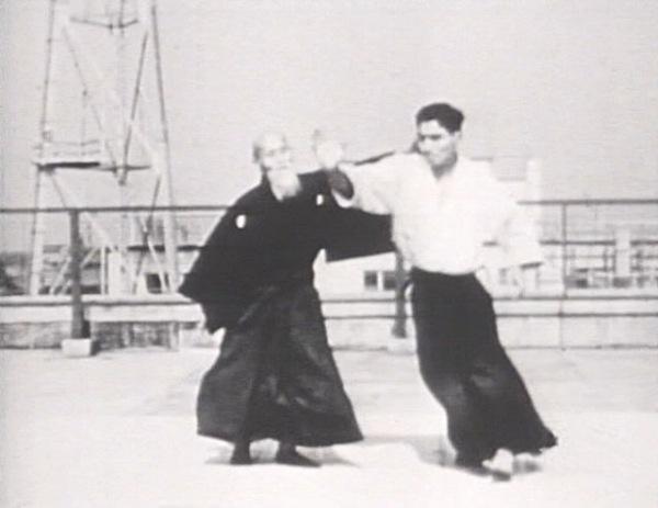 Hiroshi Tada taking ukemi