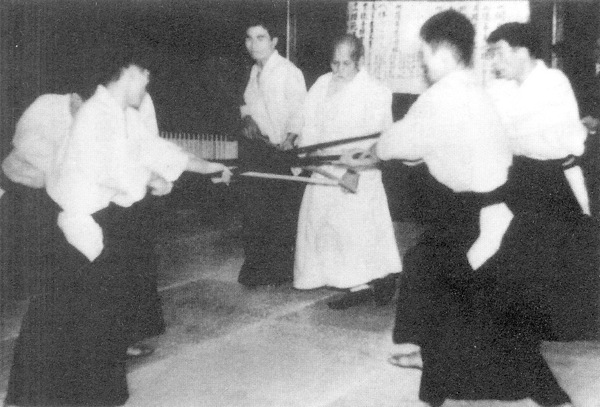 O-Sensei teaching at the Manseikan